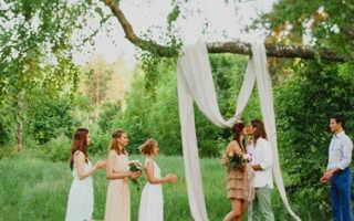Свадьба в лесу: оформление территории, арки, стола и фотозоны